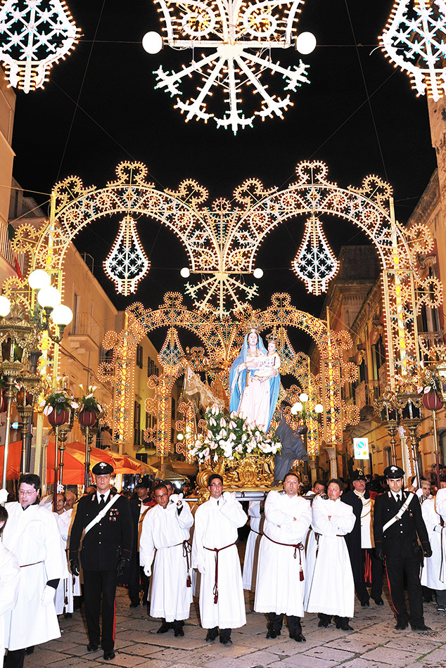 tradizioni pugliesi, festa d'aprile